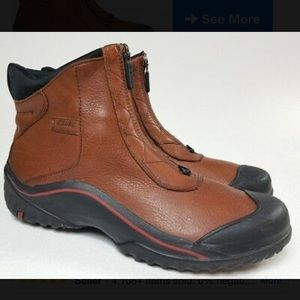 Clarks Muckers leather boots